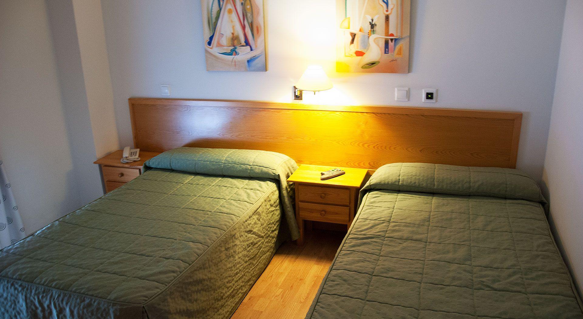 Habitaci n doble con dos camas for Habitacion con dos camas